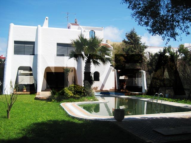 Une villa sublime louer sur tanger guide immobilier for Construction piscine rabat