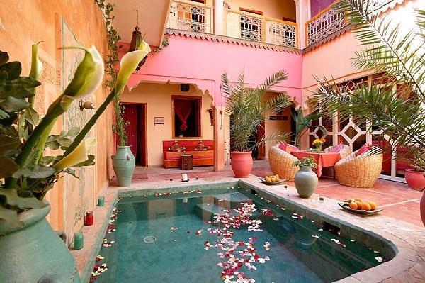 Hotel-marrakech-Riad-marrakech-6-11382413052009-patio jour