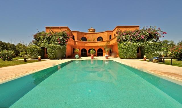 L argus comme solution au noir dans l immobilier guide for Villa avec piscine a marrakech