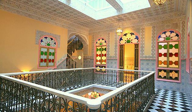 B n ficiez de villas et riads de luxe au maroc guide for Design appartement maroc